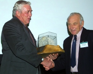 2001 RD Hassed Award